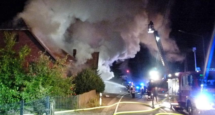 Nach Brand eines Fachwerkhauses: Leichnam gefunden