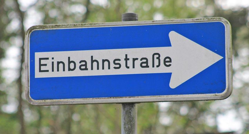 Vorübergehende Einbahnstraßenregelung auf Königstraße
