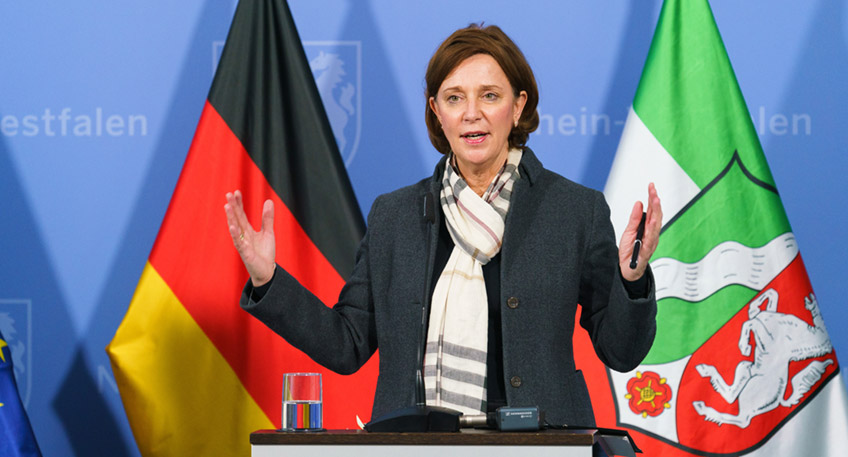Schul- und Bildungsministerin Yvonne Gebauer (Foto: Land NRW)
