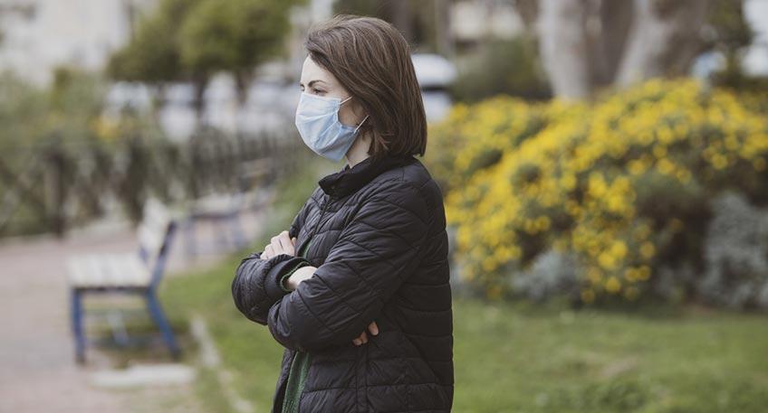 Die Landesregierung passt die Coronaschutzverordnung an die aktuellen Entwicklungen des Infektions- und Pandemiegeschehens in Nordrhein-Westfalen an. Danach gilt ab dem 1. Oktober 2021 unter anderem der Verzicht der Maskenpflicht im Freien, die Möglichkeit, einen PCR-Test durch kurzfristigen Schnelltests zu ersetzten sowie Erleichterungen für Gastronomen und Veranstalter.