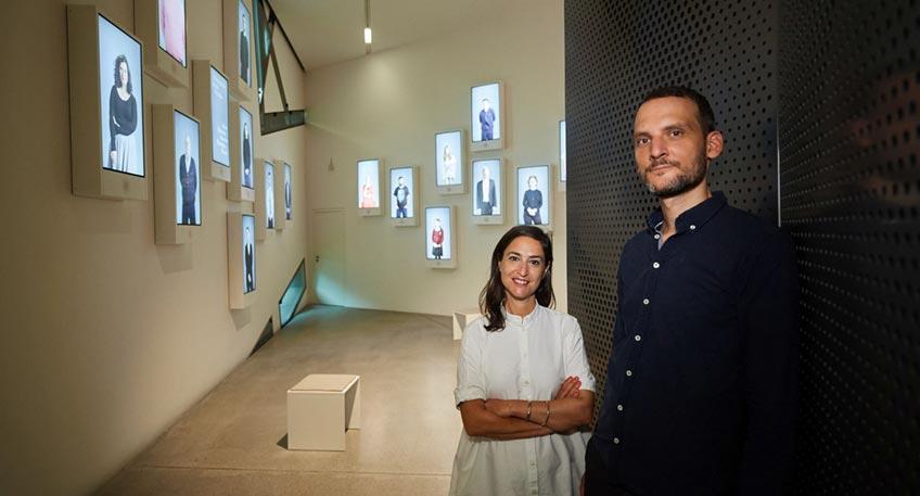 """'Mesubin' – """"Die Versammelten"""" ist der Titel eines Projekts der israelischen Regisseurin Yael Reuveny, das den Schlusspunkt der neuen Dauerausstellung des Jüdischen Museums Berlin bildet."""