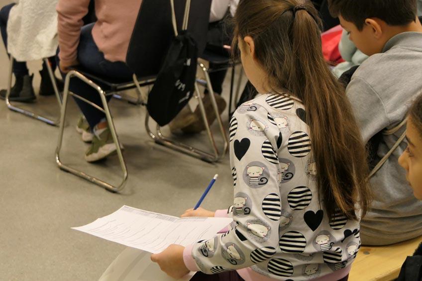 """Die Jugendbefragung 2021 aus der ersten Jahreshälfte ist ausgewertet. Mitgemacht haben junge Menschen ab der 8. Klasse bis zur Vollendung des 21. Lebensjahres. Gefragt wurden sie zu den Themenfeldern """"Leben in Minden"""", """"Freizeit in Minden"""" sowie """"Engagement und Möglichkeiten sich einzubringen""""."""