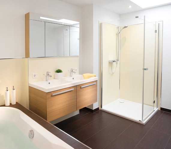 Neues Badezimmer in 24 Stunden - HALLO MINDEN
