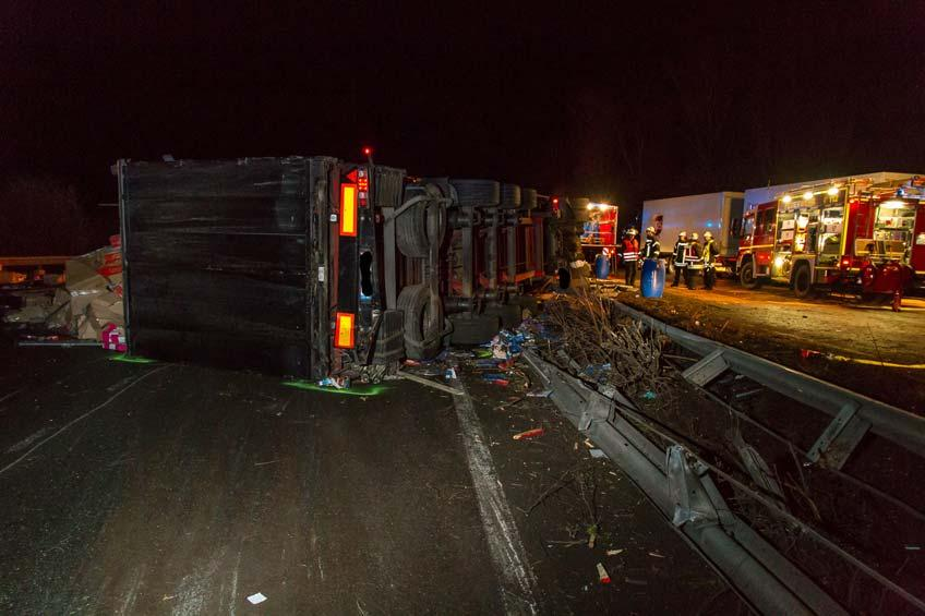 Vollsperrung: Schwerer Unfall auf der A 2