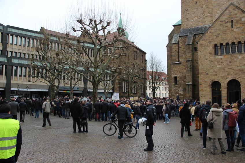 Rund 600 Menschen bei Demonstration in Minden
