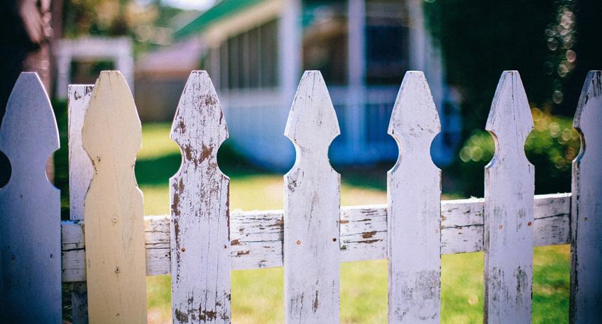 Streit am Gartenzaun - Nachbarschaftskonflikte lösen