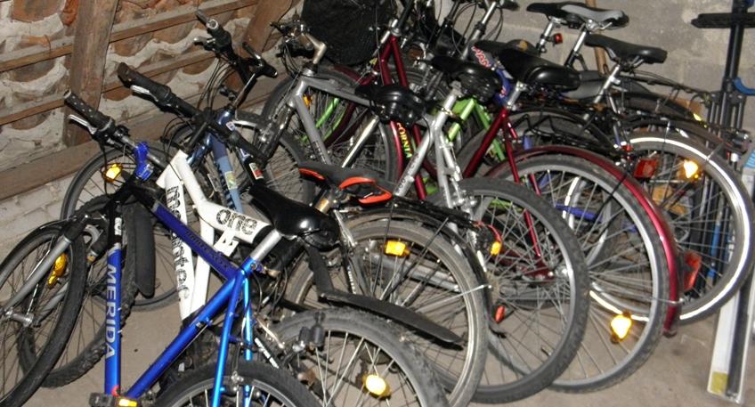 nachrichten bad oeynhausen fahrraddieb gibt hinweise auf gestohlene r der hallo minden. Black Bedroom Furniture Sets. Home Design Ideas