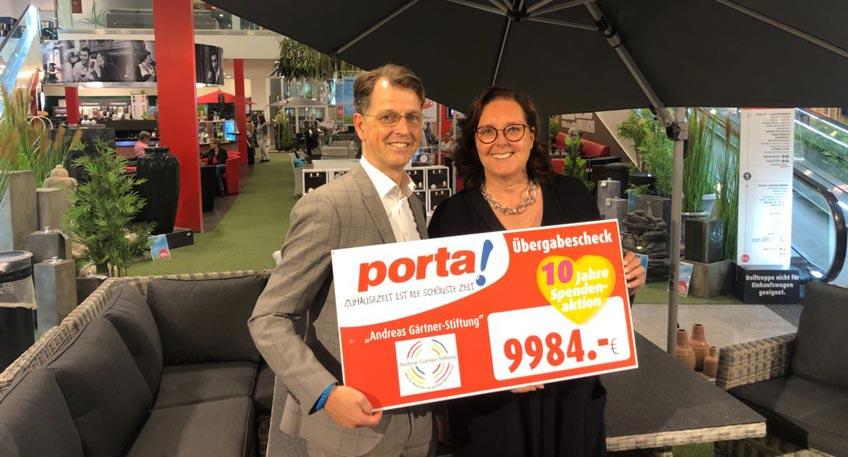 Nachrichten Porta Westfalica 9 984 Euro Fur Die Andreas Gartner